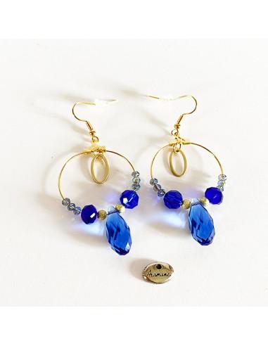 Boucles-oreilles-perles-bleues-facettes-Aramance